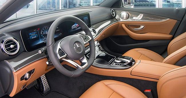 noi-that-xe-Mercedes E300